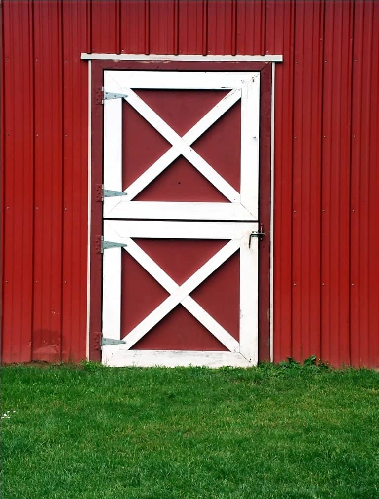 red_and_white_barn_shed_door