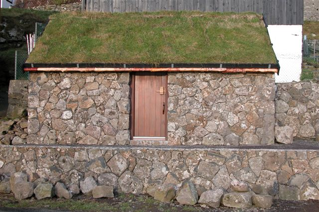 rock_shed_wooden_door