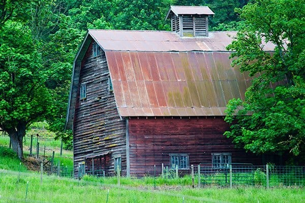 Barn-with-Cupola-on-top