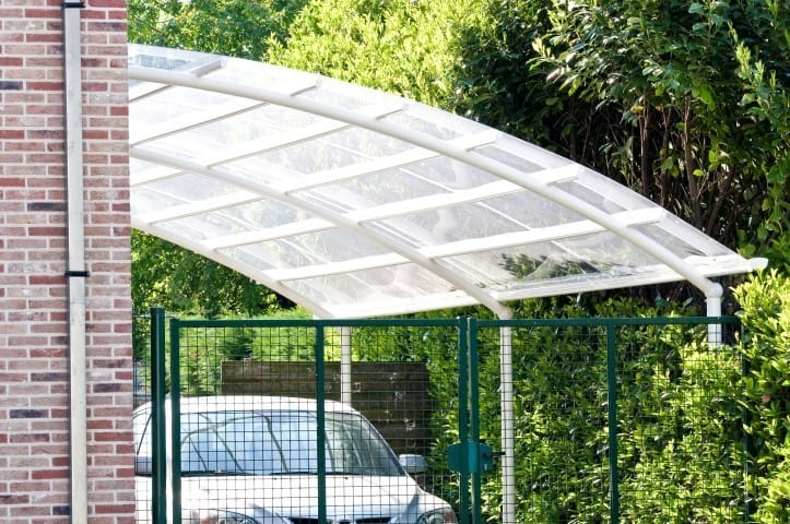 Plexiglass skylight roof