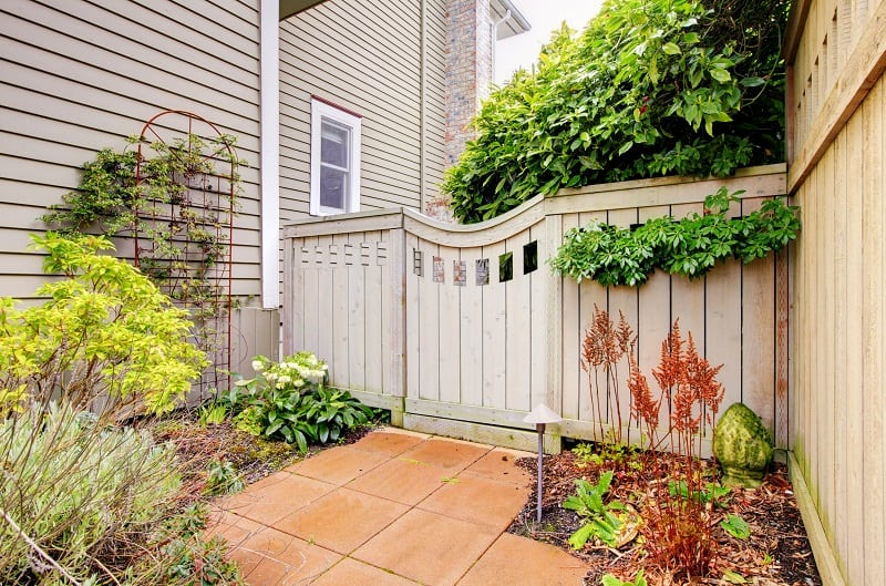 Landscaping Ideas For Side Of House Landscaped With Gate