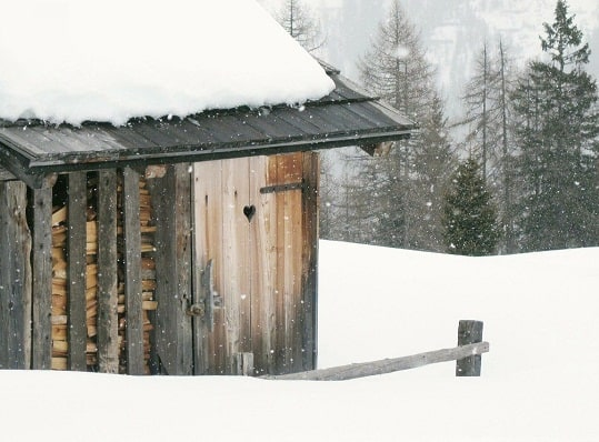ice_cold_firewood_shed