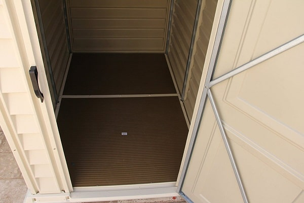 Duramax vinyl shed with floor