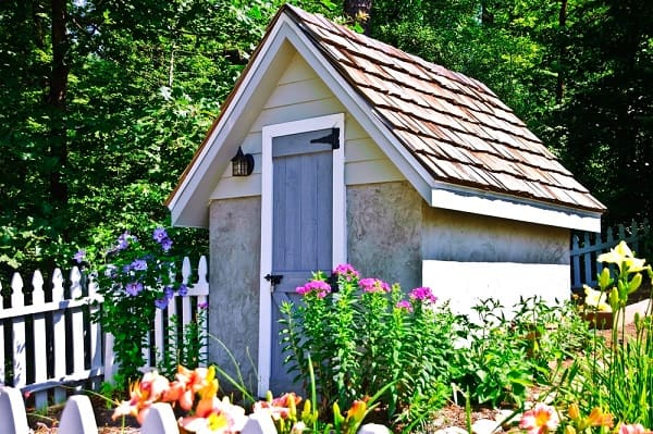 A Nice shingled Shed roof