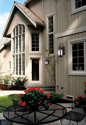 Curb appeal ideas - Front light fixture