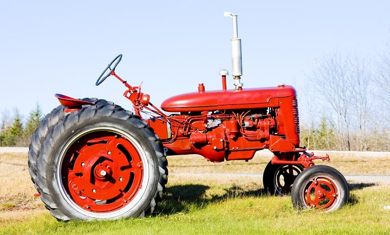 Old style tractor with no accessories