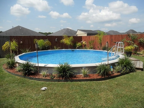 above_the_pool_landscaping
