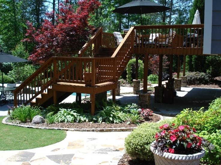 9e43cc10bd70038e44da0765edaf300b--deck-landscaping-outdoor-projects
