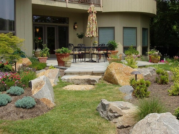 Patio_lndscaping_1476579300936