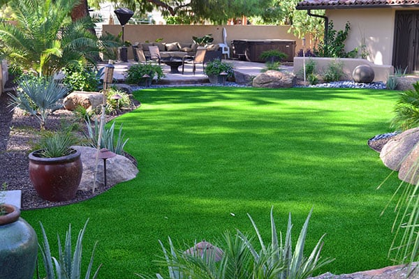 15 Landscaping Ideas For Large Backyard And Yard Areas