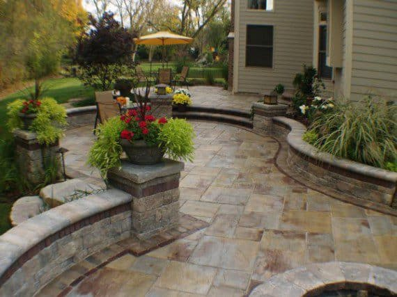patio_landscaping_2100071d28788e81d260e4513e1644e9