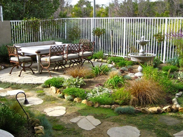pictures-patios-small-backyards-fabulous-minimalist-patio-design-