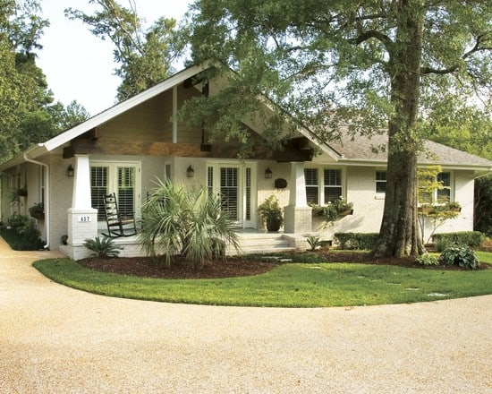 simple-garden-also-ranch-house-curb-appeal