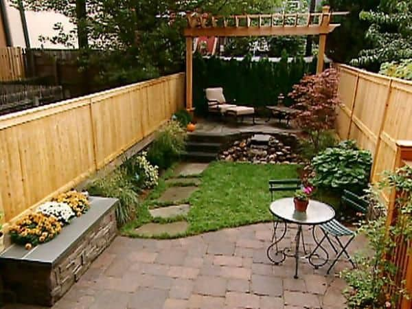small-backyards-backyard-patio