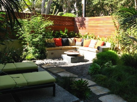 small-landscaping-Contemporary-Patio-Design-Ideas