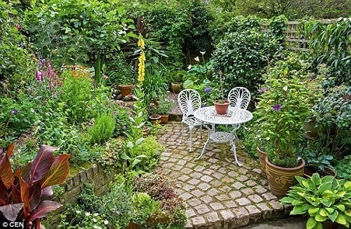 small_landscaping_1458610370046