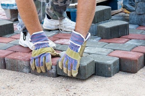 How to build a patio with brick pavers