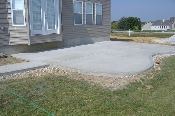 poured-concrete-patio-designs