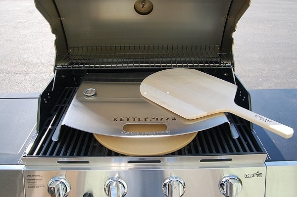 KettlePizza_Gas_Pro_Deluxe_Pizza_Oven_Kit