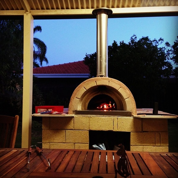 pizza-oven-fired-1317812