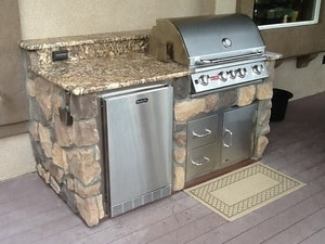 Outdoor-kitchen-ref