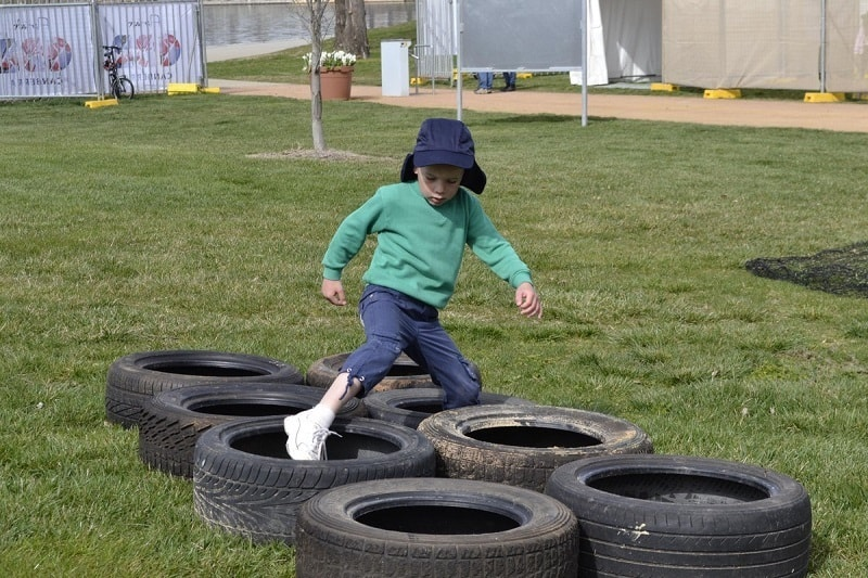 tire-obstacle